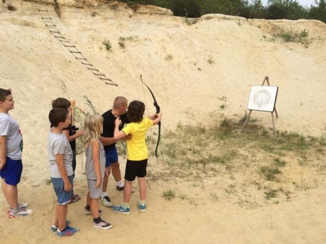 kolonie strzelanie z luku w kanionie piaskowym
